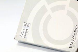 Genuine Engine Air Filter for BMW E60 E61 E63 E64 E85 E86 13717521033