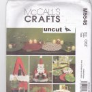 McCall M5546 Pattern Christmas Holiday Table Decor Tag Bag Placemat Napkin Uncut
