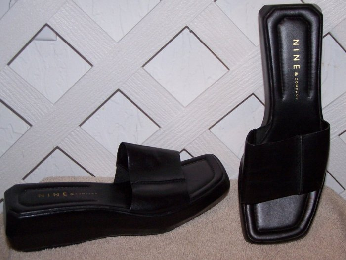 Women�s Nine & Company Black Leather Sandals Slides Size 6 NEW