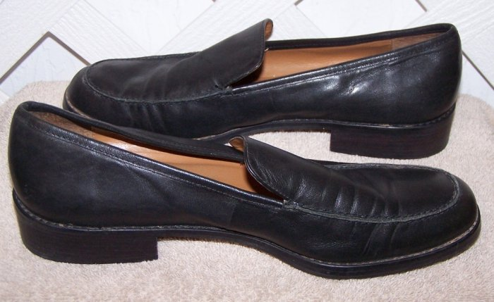 Women�s Etienne Aigner Sz 8.5 Black Leather Shoes Size 8 ½