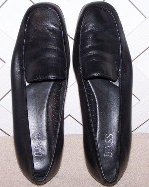 Women�s Bass Shoes Size 9.5 Black Leather Sz 9 ½