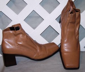 Women's Danelle Leather Ankle Boots Size 8 1/2 M