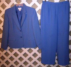 Womens Joan Leslie Size 10 Petite 2pc Business Suit
