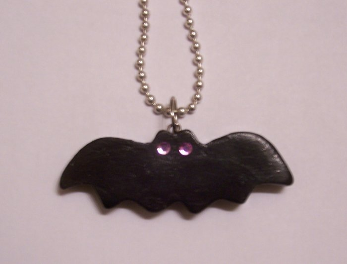 Bat Necklace (Lilac Eyes)