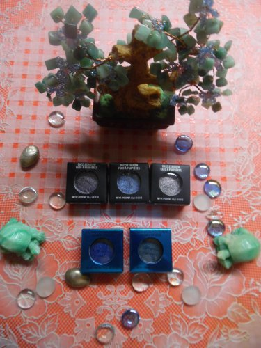 MAC LIMITED EDITION Dazzle Shadows & Colourdrenched Pigments Lot