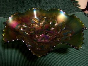 Northwood strawberry green carnival glass bowl