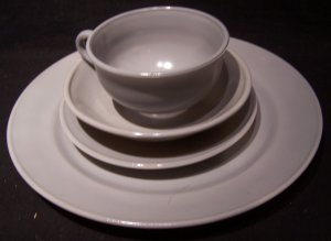 Hazel Atlas 'Ovide' glassware grey 4 piece place setting
