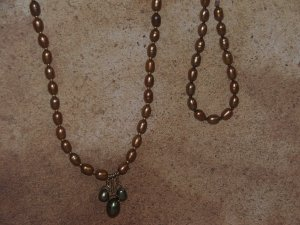 gold fresh water potatoe pearl necklace an bracelet set