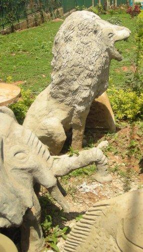 Lion Concrete sculpture