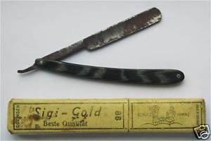 WW2 open razor for shaving from German officer, marked