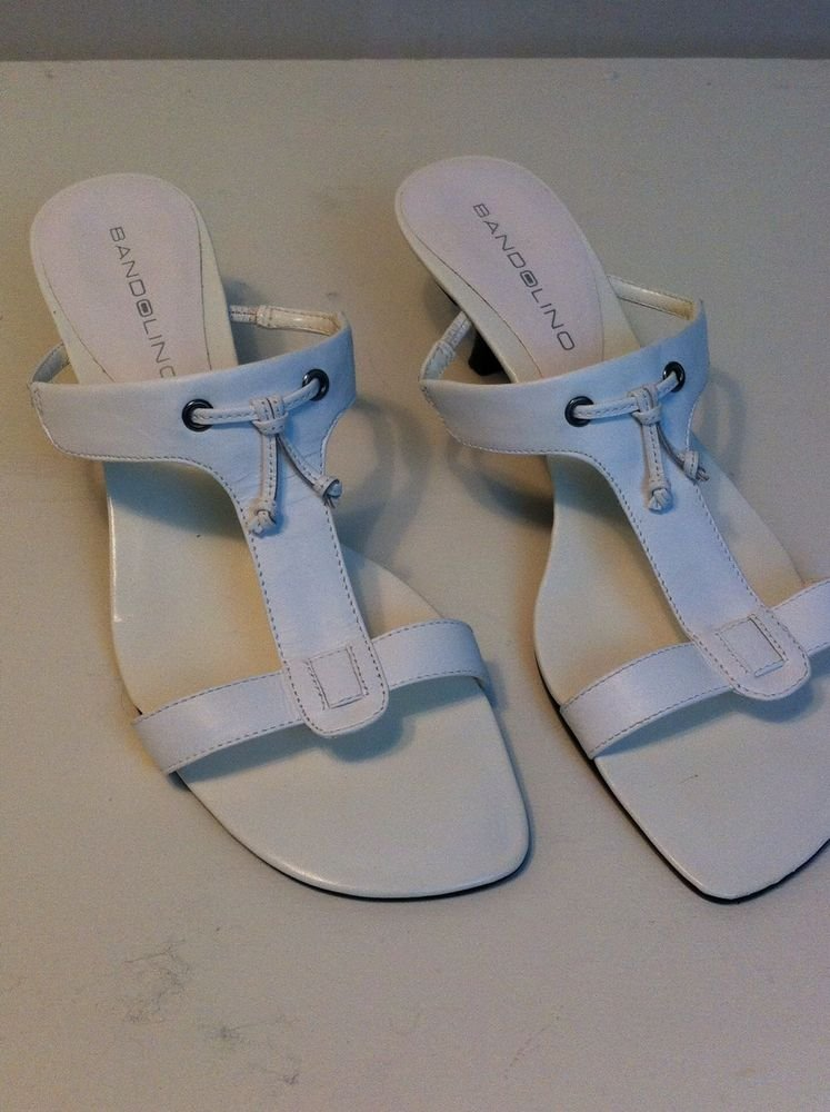 BANDOLINO WOMENS WHITE T STRAP SANDAL sandel SIZE 6.5 LEATHER SUMMER VERY CUTE!
