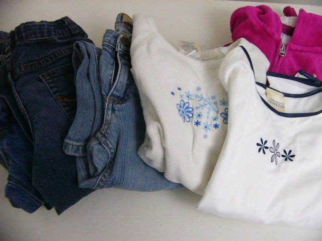 LOT 7 GIRLS  SCHOOL OUTFITS:  JEANS TOPS AND JACKET SIZES 7/ 7 SLIM LANDS END