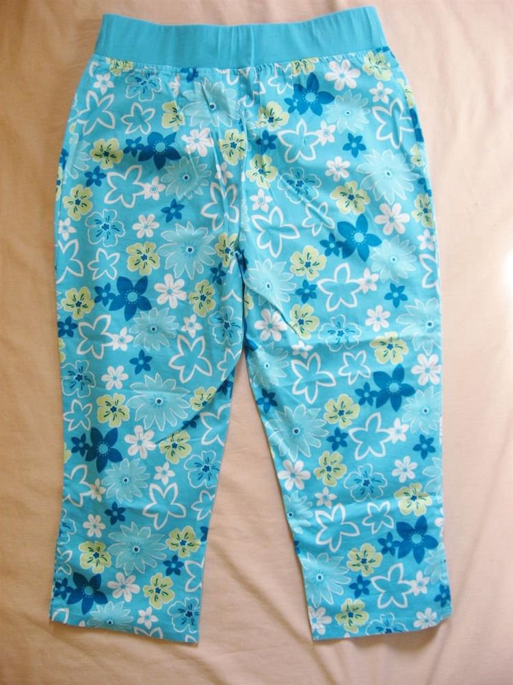 Capris S Small 30 Waist Blue Floral Maternity Announcements CLEARANCE