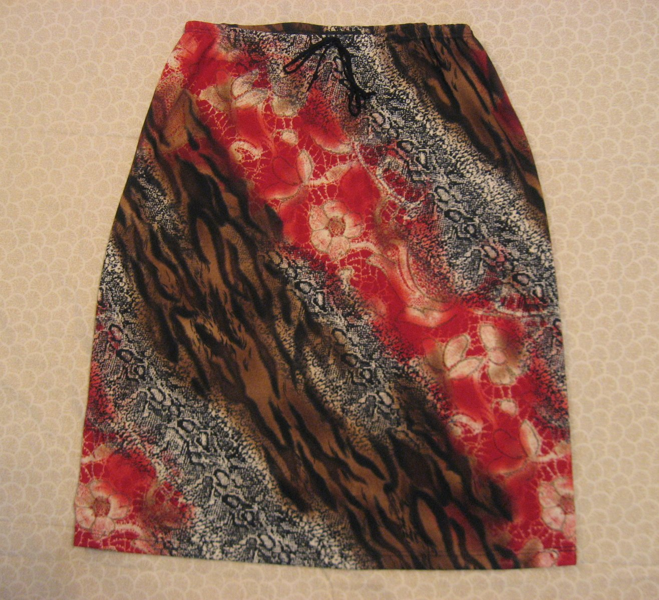 My Michelle Skirt L Large jr Animal Floral 28 Waist Diagonal Print