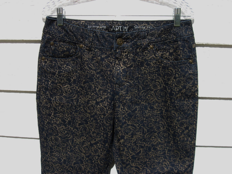 Apt. 9 Navy Blue Jean 33 Waist Gold Stencil Skinny Leg EUC Print Pants Embossed