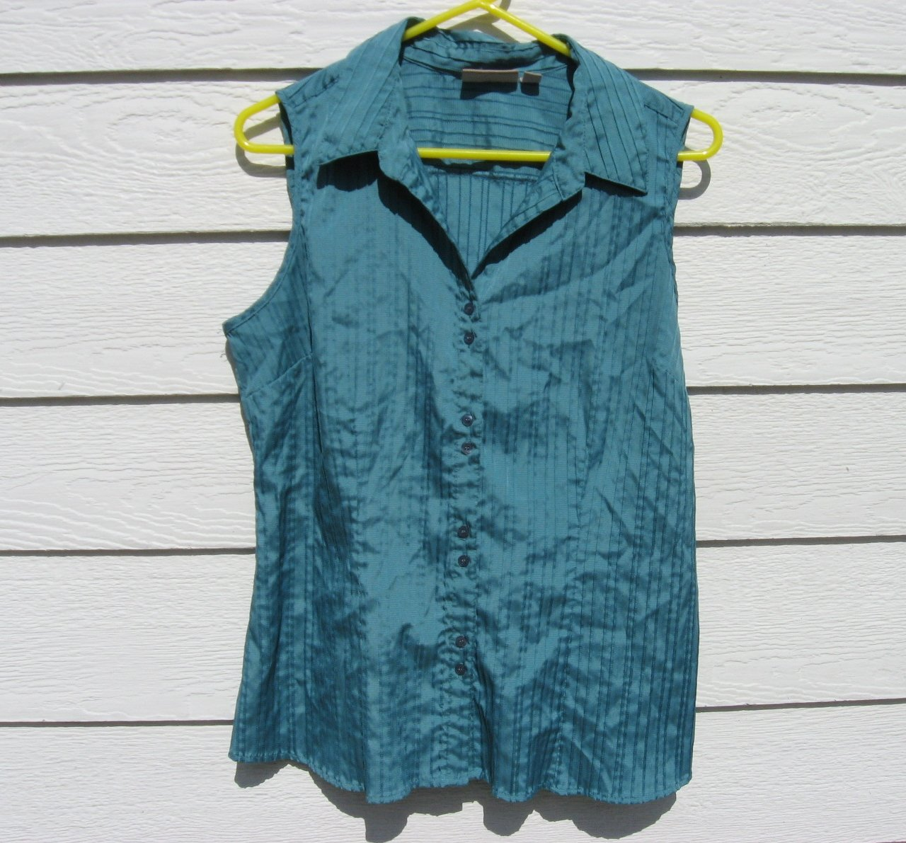 Croft & Barrow Teal Sleeveless Large 40 Chest Pin Tuck Button Down