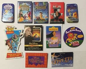 Lot of 11 Disney Promotional Pinback Buttons Toy Story Geppetto Lion King Cinder