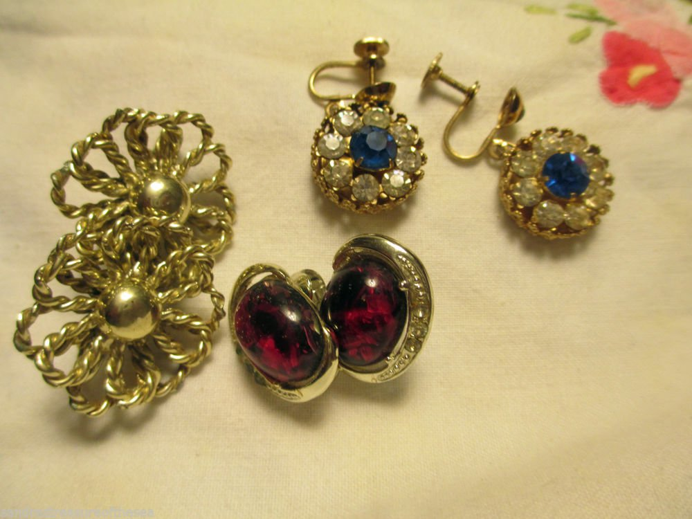 Three Pr Signed Vintage Coro Earrings Sapphire Rhinestone Amber Silver Tone