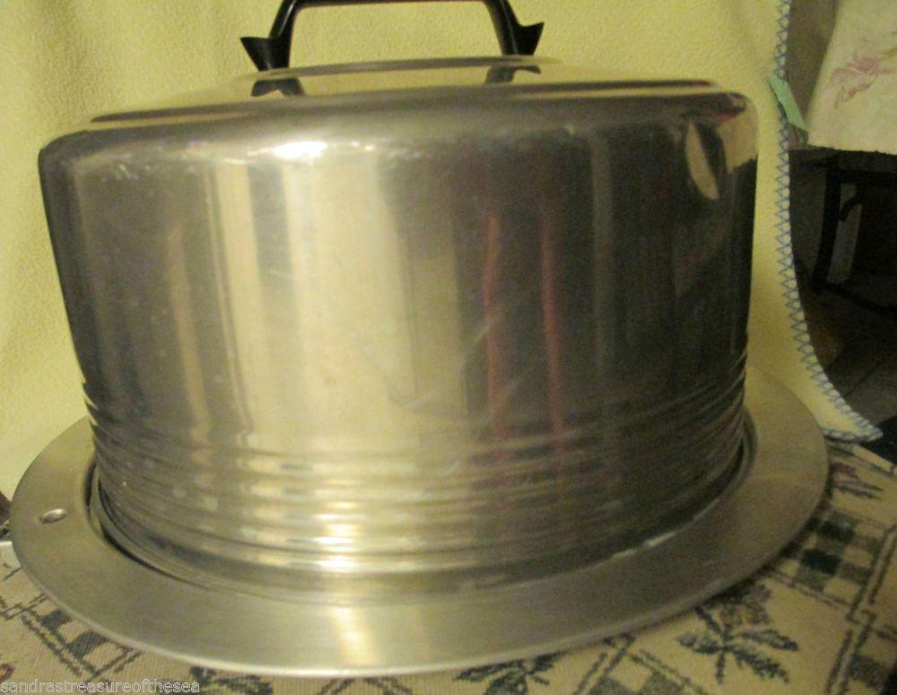 Vintage Aluminum Regal Ware Cake Saver Keeper Carrier Server Plate Locking Lid