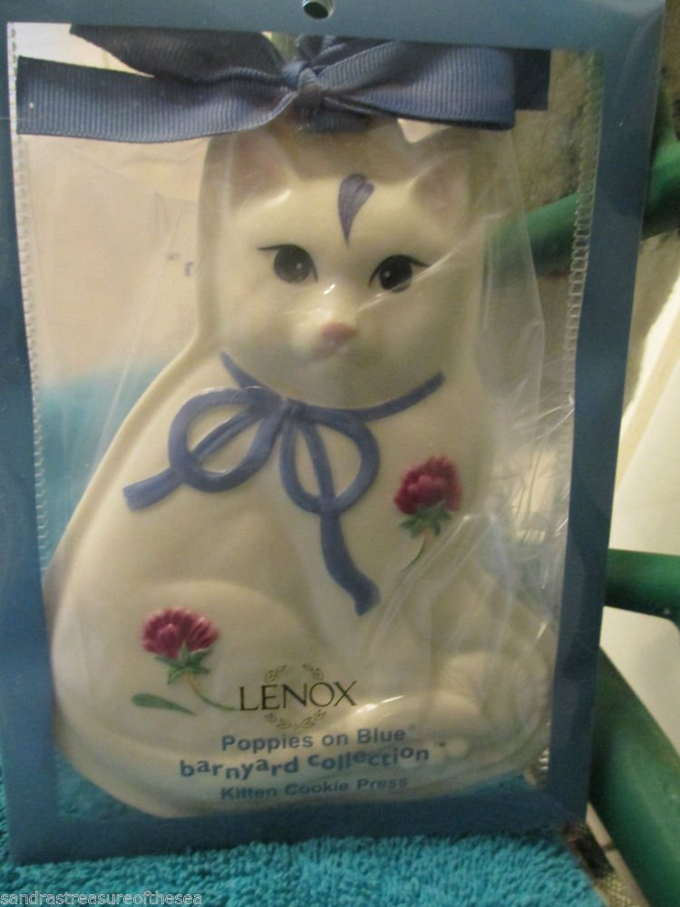 Lenox Poppies on Blue Barnyard Collection Cat Cookie Press Mold NIP Series Cute