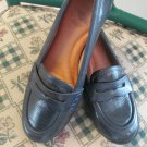 Nurture Comfort Womens Shoes Dark Navy Leather Loafers Flats Thick Sole 6  B