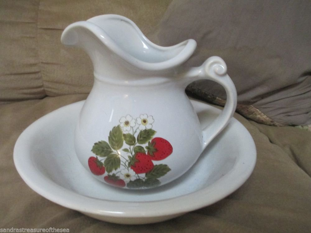 McCoy Water Pitcher and Basin Set Strawberry Design Decoration Decor
