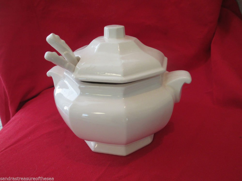 Vintage Soup Tureen For Two Action China Japan With Two Soup Spoons