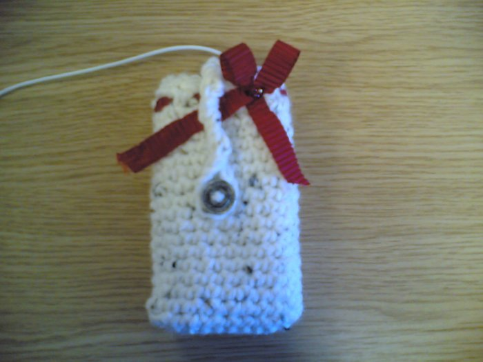 Ribbon Mini Case (cream, red ribbon)