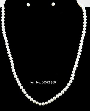 Item No. 00372 Pearl Necklace in Sterling Setting