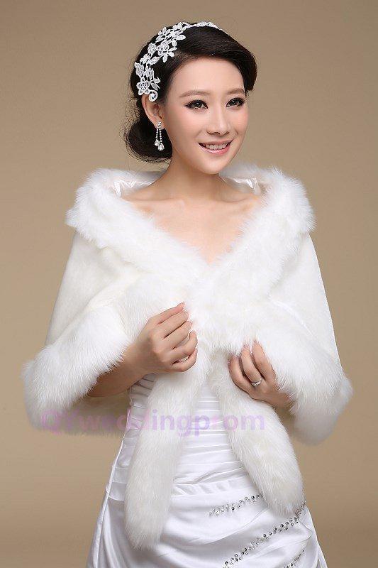 Long-haired fox tail thick warm shawl wedding dress bride bridesmaid bride wedding shawl paragraph