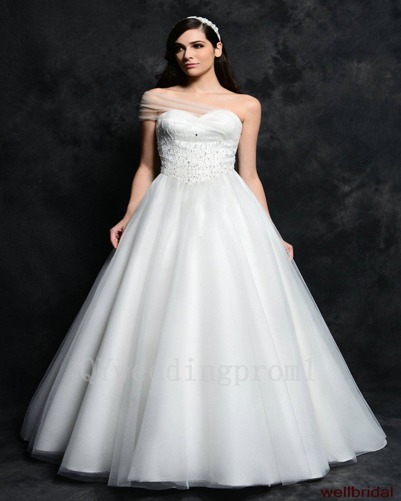 Hot Sale A-Line Sweetheart Backless Bridal Dress Fashion Beads White Long Plus Size Wedding Dresses