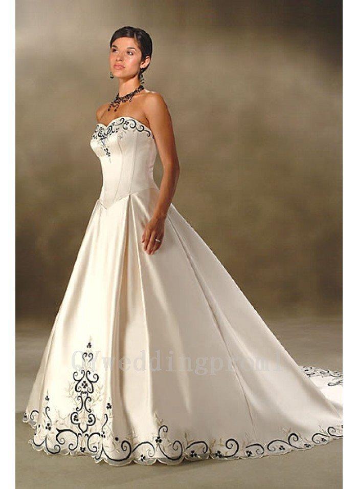 Sweep Train Wedding Dress A-Line Sleeveless Hot Sale Fashionable Ivory Long Wedding Dress