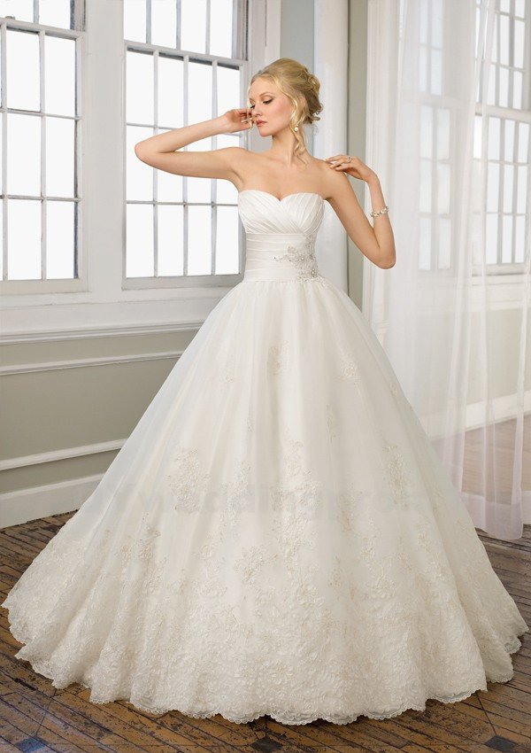 Sweetheart Lace Wedding Dress Ball Gown Romantic White Backless Long Elegant Wedding Dress