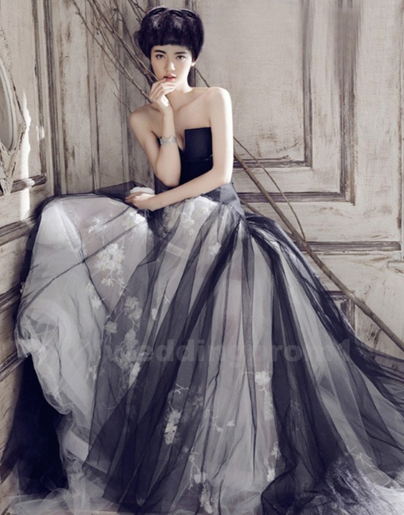 Tulle Wedding Dress Long Black White Wedding Dress 2016 New Fast Shipping