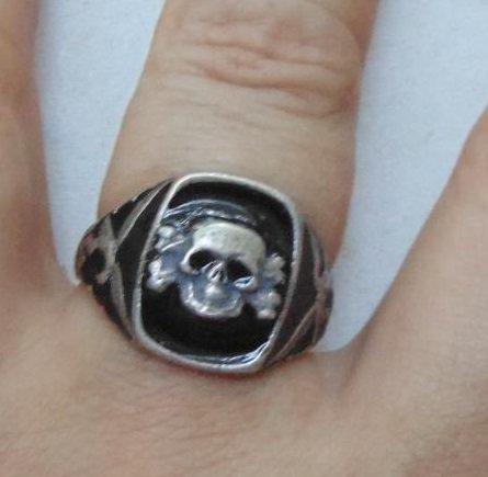 Ring skull  #32