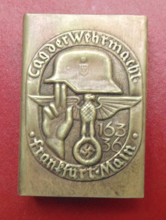 World War II matchbox #40