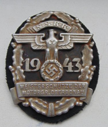WWII THE GERMAN BADGE PREMIUM plaques