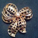 PIN/BROOCH/RIBBON/VINTAGE/PRE-OWNED/BROOCH/PIN/RIBBON/W PEARL/GOLDTONE/EXCELLENT