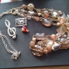 JEWELRY/FASHION JEWELRY/NECKLACES-PINS/PRE-OWNED/CRAFTS/WEAR/MIXED PIECES/6-PCS