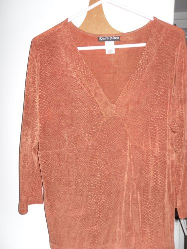 "BLOUSE TOP ""KRISTIN MARIE""2X NEW SEXY DEEP V-NECK CRISS CROSS RUST STRETCH KNIT"