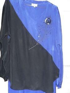 PANTSUIT LADIES/2 PC VINTAGE MEDIUM - BLACK & BLUE SEQUINED FLOWER EMBELISHMNT