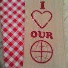 KITCHEN BAR (2) TOWELS 1 OVEN MITT - NEW REDS & BEIGE