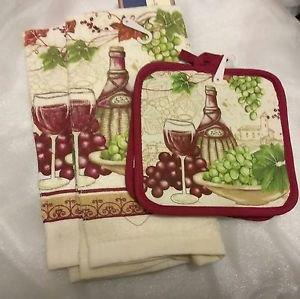 KITCHEN BAR BUNDLE (2) LG. TOWELS (2) POTHOLDERS TUSCAN WINE & GRAPE THEME NEW