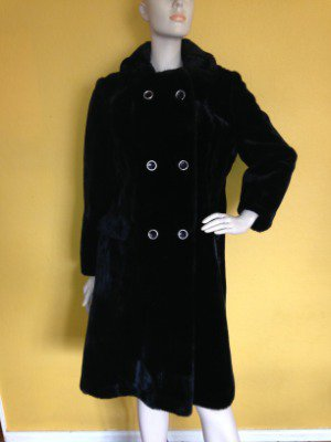 Gorgeous vtg Black Faux Fur PLush A-Line Swing Coat Double Breasted M/L