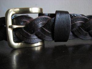 Pleated belt