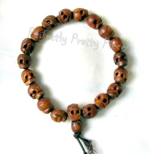 "Unisex Tibetan Wood Skull Mala Prayer Bracelet    9mm x 19cm  7.5"" Ward Off Evil"