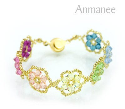 Handcrafted Swarovski Crystal Bracelet - Pellet Queen 010246