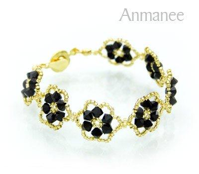 Handcrafted Swarovski Crystal Bracelet - Pellet Queen 010250