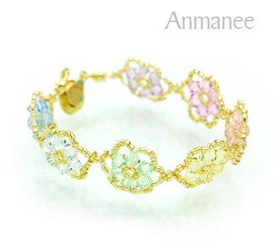 Handcrafted Swarovski Crystal Bracelet - Pellet Queen 010252