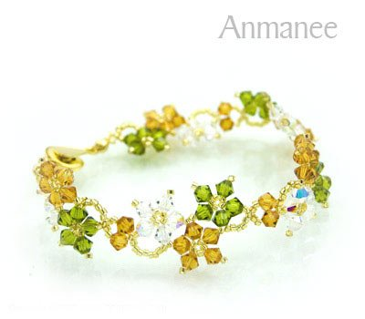 Handcrafted Swarovski Crystal Bracelet - Crawling Star 010213